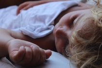 Deca koja nemaju ustaljenu rutinu spavanja sporije se razvijaju