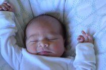 Zašto se beba znoji tokom spavanja?