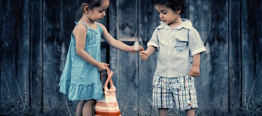 Deca manire uče od roditelja