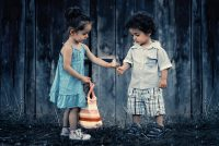 Kako naučiti dete da bude dobar prijatelj?