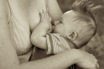 Najbolje pozicije za dojenje (VIDEO)