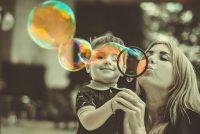 Prerastu li svi dečaci svoje mame?