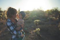 Kako obući bebu tokom letnjih meseci?