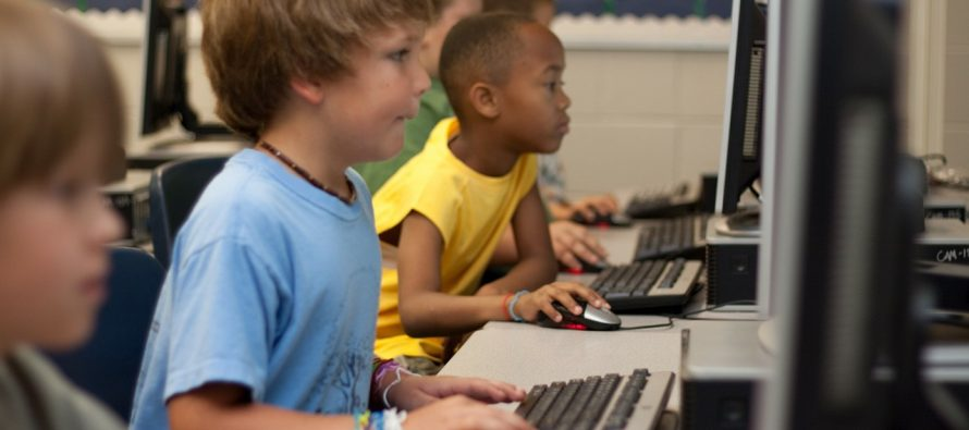 Utiču li društvene mreže na razvoj mentalnih oboljenja kod dece?