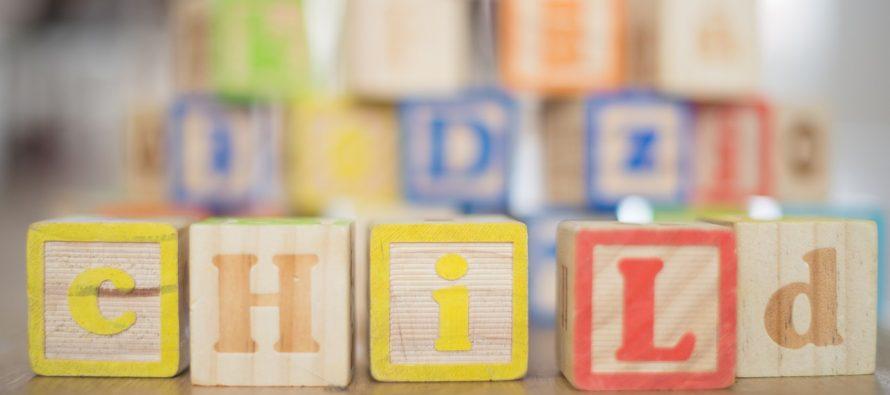 Previše igračaka ometa dečiju maštu i razvoj?