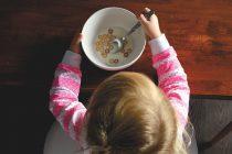 Šta deca treba da jedu i kada?