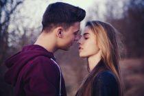 Kada je pravo vreme za prvog emotivnog partnera?
